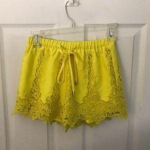 Tea & cup lace shorts size s (junior)